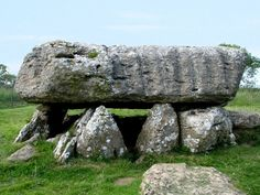 Enlarged picture of Lligwy Burial Chamber North Wales, Lligwy Burial Chamber is to be found in a field close to the coastal town of Moelfre on Anglesey, North Wales Archaeological Discoveries, Archaeological Site, Cairns, In Ancient Times, Ancient Art, Anglesey Wales, Ancient Mysteries, Historical Sites, North Wales