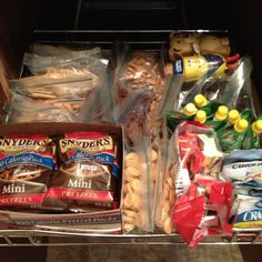 Help yourself snack drawer, Office Snacks, Snacks For Work, Lunch Snacks, Healthy Snacks For Kids, Get Healthy, Kid Snacks, Kids Lunch For School, Healthy School Lunches, School Snacks