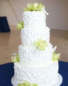 Pin By Lauren Curry On Blue Orchid Flower Buttercream Cake