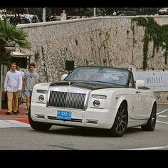 Yesterday In #monaco! Follow me for more spots #montecarlo #carspotting #rollsroyce