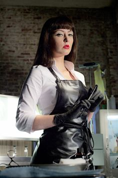 We have such sights to show you! — Katharine Isabelle in American Mary [x] Leather Apron, Leather Gloves, Horror Movie Costumes, American Mary, Katharine Isabelle, Female Surgeon, Plastic Aprons, Pvc Apron, Rubber Dress