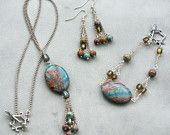 My handmade jewelry #handmadejewelry #handmadeearrings #handmadebracelet #handmadenecklace #wearableart