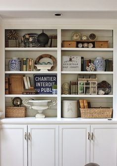 bookcase styling via @Jill Meyers Meyers Hinson