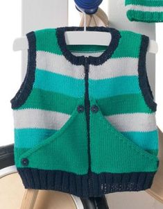 Baby vest, im in loveee Crochet Baby Jacket, Baby Cardigan Knitting Pattern, Knit Crochet, Pullover Design, Sweater Design, Knitting For Kids, Baby Knitting, Kids Ethnic Wear, Pull Bebe