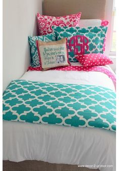 girl dorms Jamming Jade Meets Preppy Pink Designer Teen & Dorm Bed in a Bag Teen Girl Bedding, Dorm Room Bedding, Teen Girl Bedrooms, Big Girl Rooms, Dorm Rooms, Teen Bedroom, Pink Bedding, Preppy Bedding, Dorm Comforters