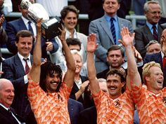 Captain Ruud Gullit with the Throphy Euro 1988