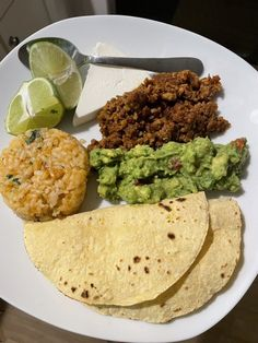 TACO PLATE Guacamole, How To Look Better, Tacos, Mexican, Plates, Ethnic Recipes, Food, Licence Plates, Dishes