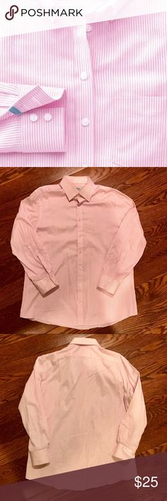 CHARLES TYRWHITT SLIM FIT BUTTON DOWN SIZE 17/34 Product Features Slim fit   100% cotton   Cutaway collar   Machine washable   Split back yoke and back pleats   Complimentary brass collar  Lightly worn only a few times in excellent condition! Charles Tyrwhitt Shirts Dress Shirts