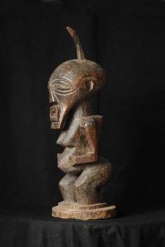 Statue africaine : mankishi statue fétiche songyé du Congo (Zaïre)