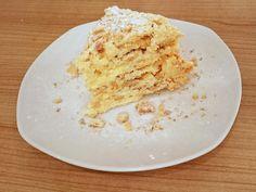 Das perfekte Russischer Napoleon-Kuchen-Rezept mit Bild und einfacher Schritt-für-Schritt-Anleitung: Die Butter zunächst in Würfel schneiden und zusammen…