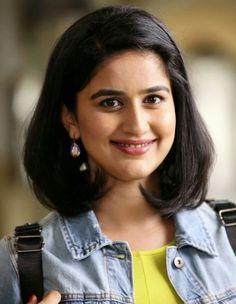 Vaidehi Parshurami (3) Indian Actress Hot Pics, Beautiful Indian Actress, Beautiful Actresses, Indian Actresses, College Girl Photo, College Girls, Girl Pictures, Girl Photos, Senior Girl Poses