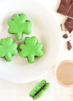 Shamrock Macarons with Baileys Chocolate Ganache- 20 Delicious St. Patrick's Day Dessert Recipes