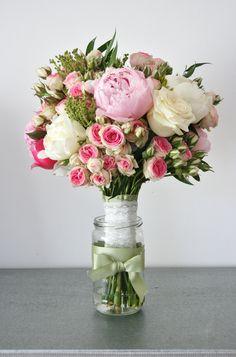 #bouquet de #peonias y #rosasminieden