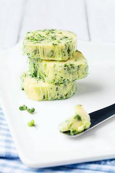 Herb Butter, Garlic Butter, Easy Meals For Kids, Pesto Sauce, Butter Recipe, Kraut, Base, Vegan Recipes, Food Porn