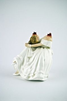 Horror Ceramics Horror Perfume Bottle And Perfume - Amazingly disturbing porcelain figurines by maria rubinke