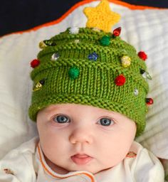 Photo courtesy of Grumperina http://www.ravelry.com/patterns/library/christmas-tree-hat--elfin-socks