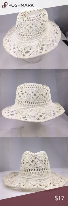 New women's toyo panama hat Paper straw toyo hat with string band. 3 inch brim. One size fits most women. (head circumference is about 57cm) have a good ventilation crown. The Hatter Company Accessories Hats