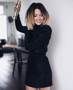 There are so many hairstyles that look amazingly good on short and natural hair. Medium length and short hairstyles-fine hair looks different Pretty Hairstyles, Bob Hairstyles, Bob Haircuts, Latest Hairstyles, Medium Hair Styles, Short Hair Styles, Ombré Hair, Prom Hair, Corte Y Color