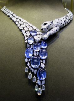 "Place Vendome Cartier Panther necklace: ""Once upon a time I dreamt of stuffed animals. Now I covet diamond Cartier panthers. Cartier Necklace, Cartier Jewelry, Sapphire Necklace, Diamond Necklaces, High Jewelry, Bling Jewelry, Jewelry Box, Vintage Jewelry, Jewlery"