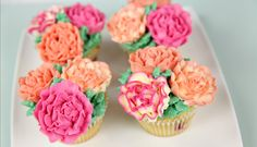 Carnation Buttercream Cupcakes - CAKE STYLE