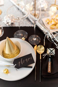 New Year's Eve Dinner Party with Lindt Chocolate | Pizzazzerie