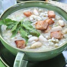 Kroupová polévka s fazolemi