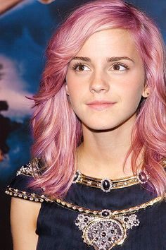 Suddenly a wild pink-haired Emma Watson appears!