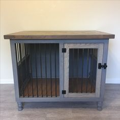 Small dog kennel-weathered gray bottom, Briarsmoke top
