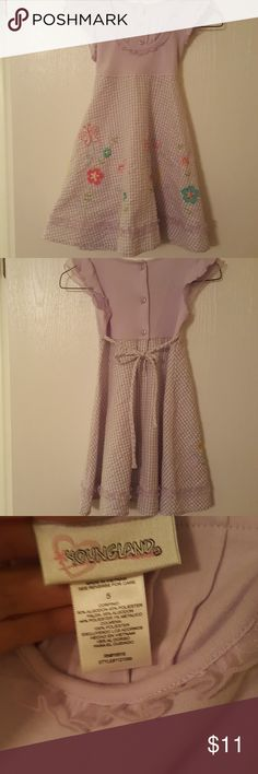 Youngland girls size 5 pretty summer purple dress Youngland purple summer dress with butterflies and flowers embroidered on the front and ruffle detail. Buttons and tie closure in the back . Excellent condition smoke-free pet-free home Youngland Dresses Casual