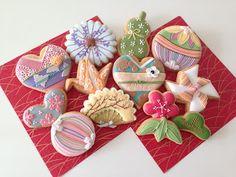 松 竹 梅 風車 瓢箪 扇子 手毬 傘 桜 鶴 着物  Japanese cookies