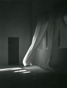 zzzze: Mayumi Terada, Curtain, 2001
