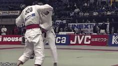 A way to increase your knowledge of martial arts workout Martial Arts Styles, Martial Arts Techniques, Parkour, Karate, Ju Jitsu, Martial Arts Workout, Martial Artists, Brazilian Jiu Jitsu, Aikido