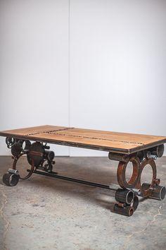 acciaio e legno tavolino recuperato di PecanWorkshop su Etsy