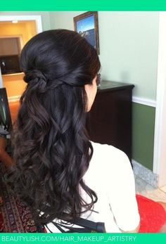 Cute half updo. I love the braid