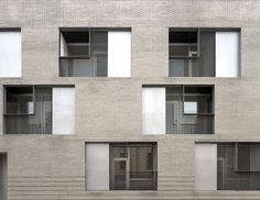 Peris Toral > 33 viviendas en Melilla   HIC Arquitectura
