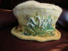 $$ Pattern Ravelry: Muguet du Bois Bouquet for Kat by Lisa Cruse 2012 by Ambrosia Cottage, = Vivian Hat