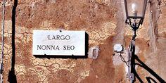Dove ci puoi trovare? In Largo Nonna SEO 1!