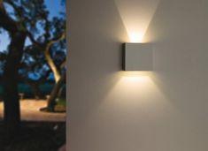 Apliques para tu jardín o terraza, todas las ideas y novedades en iluminación exterior para particulares y profesionales.