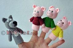 """Muñecos de dedos para la escenificación del cuento """"Tres cerditos"""" (tres cerditos y el lobo). Crochet finger three little pigs and a wolf."""