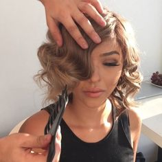 """Short hair tutorial is here dolls!!!! How to: Glamorous curls by Emre.  Start off with blow drying your hair straight with a heat protector and volume…"""