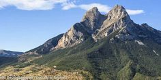 El Pedraforca - With 2.506,4 m, Pedraforca is the highest and most emblematic peak of the Barcelona region #BCNmoltmes #Pyrenees #mountain #nature #bergueda #hiking #climbing