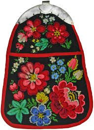 """Dress """"purse"""" from Dala-floda. I once made one of these, but it wasn't as beautiful as this one!"""