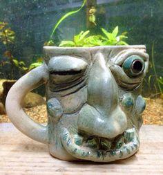 Caneca cerâmica ceramic mug monster 100% feito a mão Sculpture