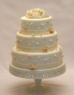 bride.ca | Market Guide: Wedding Cakes in Toronto