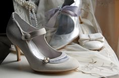 Google Image Result for http://www.takadanama.com/wp-content/uploads/2012/02/vintage-wedding-shoes-uk.jpg