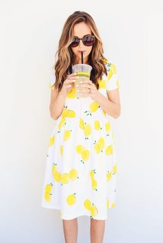 DIY FRIDAY: LEMON PRINT FIT AND FLARE DRESS SEWING TUTORIAL