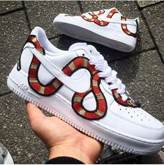 finest selection 7dede 41630 Chaussures Nike, Chaussures Femme, Basket Tendance, Tenue Africaine,  Chaussure Mode, Soulier