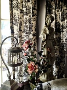 French Country Toile Curtains. I need these for my dining room. :)