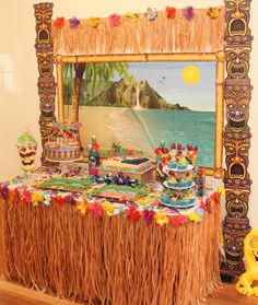 Hawaiian Luau Party with Desert Table and Games — Chic Party Ideas