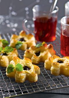 Luumu-appelsiinitortut | K-ruoka #joulu Sweet Recipes, Cake Recipes, Finnish Recipes, Baked Doughnuts, Scandinavian Food, Sweet Pastries, Christmas Baking, Baked Goods, Food And Drink